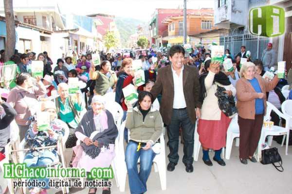 La Secretaría de Desarrollo Social del Gobierno Regional de Yacuiba, realizó un acto de homenaje a las madres de la tercera edad.