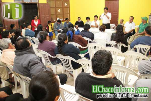 Reunión de vecinos del barrio Las Delicias con el Ejecutivo Seccional de Yacuiba.