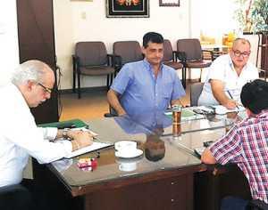 Dirigentes. Una vista del Comité Ejecutivo de la FBF ampliado a la Comisión de Selecciones. (FOTO: LA RAZÓN)