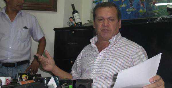 David Paniagua, representante de Fabol, dio a conocer la postura de los futbolistas. (FOTO: EL DEBER)