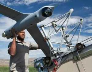 LOS PILOTOS BRITÁNICOS PIDEN NORMAS MÁS ESTRICTAS PARA LOS DRONES