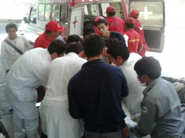 Las víctimas del accidente fueron trasladadas al Hospital San Juan de Dios (FOTO: EL PAÍS EN)