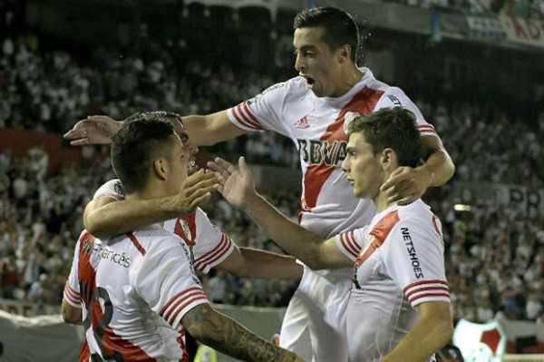River cerró la serie ante Libertad con un contundente 5-1.  (FOTO: AFP)