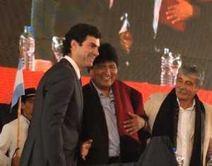 Evo Morales junto al gobernador de la provincia de Salta.