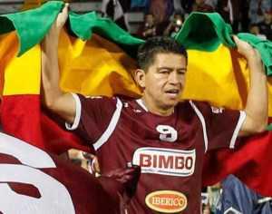 Carlos Saucedo se coronó nuevamente campeón con el Saprisa de Costa Rica.