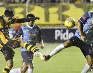 Blooming tuvo un buen desempeño en todas sus líneas y logró un punto en La Paz. (Foto: El Deber)