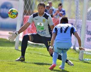 La academia celeste de La Paz continúa como líder de la liga y con puntaje ideal.