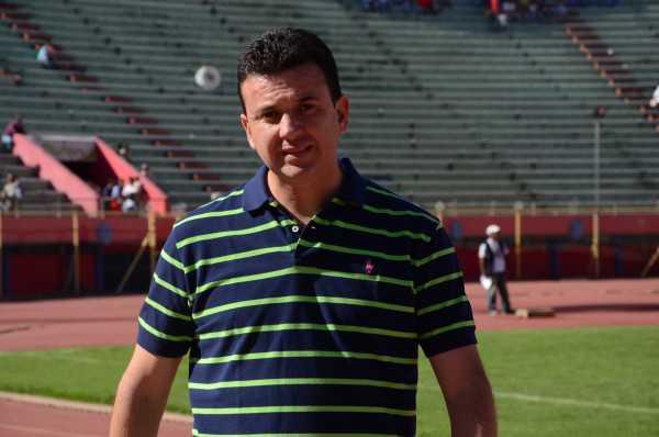 Julio Cesar Baldiviezo. estratega de Universitario de Sucre.