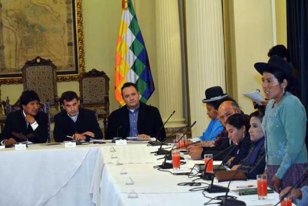 El debate del pacto fiscal se realizará en cinco etapas.
