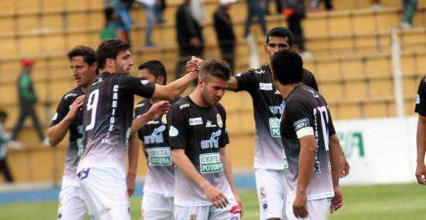 Real Potosí consiguió un empata ante Nacional Potosí en la pasada fecha liguera. (Foto: El Deber)
