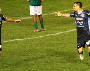 Bloming consiguió una importante victoria, que lo acercan a la copa Sudamericana. (Foto: El Deber)
