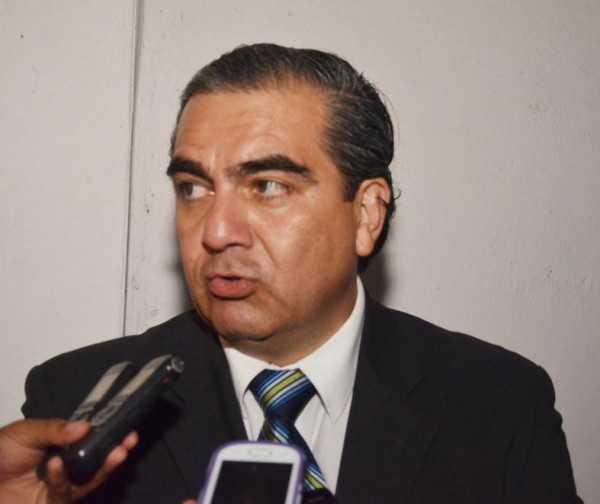 Ministro Hugo Siles participó de los actos del cese de hostilidades. (Foto: El Chaqueño)
