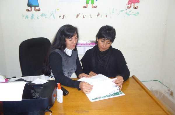 A la derecha, Petrona Salazar, responsable de la UPF. (Foto: El Chaqueño)