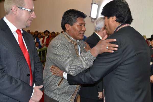 Acto de Posesión de Gobernadores. (Foto: ABI)
