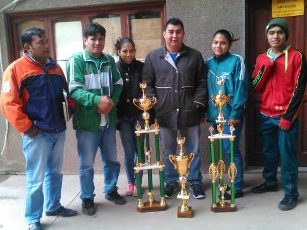 Representantes del box yacuibeño. (Foto: El Chaqueño)