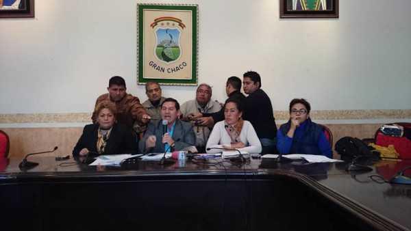 Conferecia de prensa de Ramiro Vallejos. (Foto: El Chaqueño)