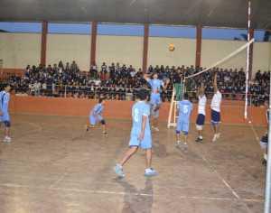 Los finalistas del voleibol son el colegio Busch Diurno y Belgrano. (Foto: El Chaqueño)