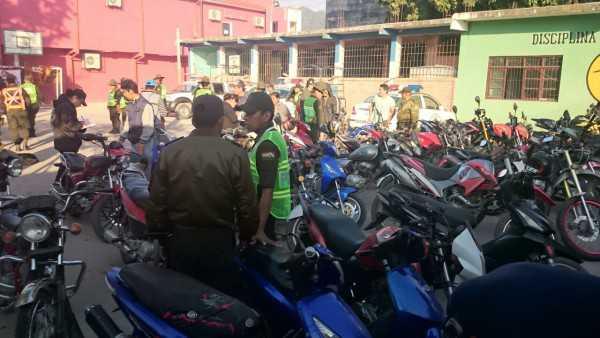 Motocicletas que fueron retenidas en el operativo sorpresa. (Foto: El Chaqueño)