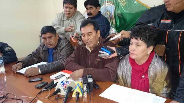 Representantes de instituciones. (Foto: El Chaqueño)