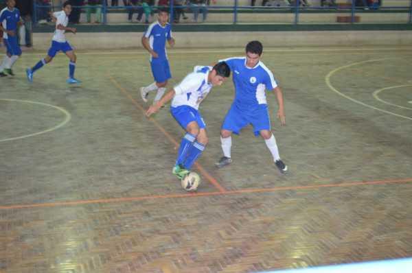 Los plurinacionales en la disciplina de Futsal ya tiene a sus finalistas. (Foto: El Chaqueño)