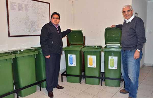 Contenedores que se instalaron en Tolar Grande, Argentina. (Foto: el Tribuno)