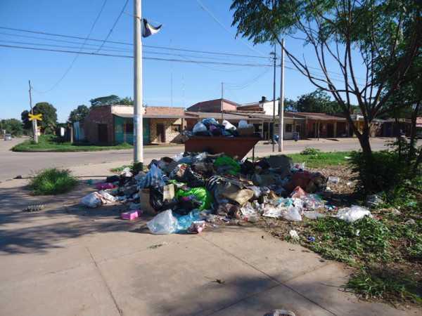 La basura acumulada en las calles de la ciudad benemérita. (Foto: El Chaqueño)