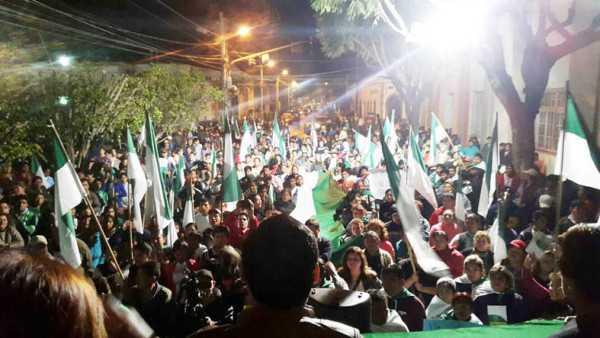 Marcha fue encabezada por Vallejos y Cardozo. (Foto: WhatsApp)
