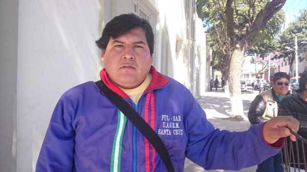 Carlos Rodas, presidente del barrio Soberanía. (Foto: El Chaqueño)