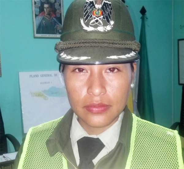 Tnte. Yobana Burgoa directora de la Fuerza Especial de lucha contra la Violencia. (Foto: El Chaqueño)