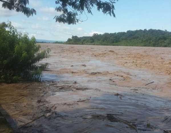 Las intensas lluvias provocan crecidas de ríos en Santa Cruz. (Foto ilustrativa)