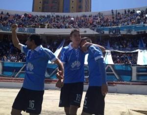 Bolívar ganó sobre la hora frente a Real Potosí. (Foto: late.com.bo)