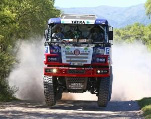 El Rally Dakar 2016 podría pasar por tierras chaqueñas. (Foto: tatratruks.com)