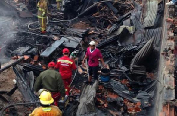 El incendio en palmasola se produjo en la madrugada. (Foto: El Deber)