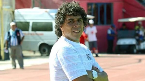 El técnico de Ciclón recibió muchas críticas luego de la caída ante el Tigre. (Foto: Diez)
