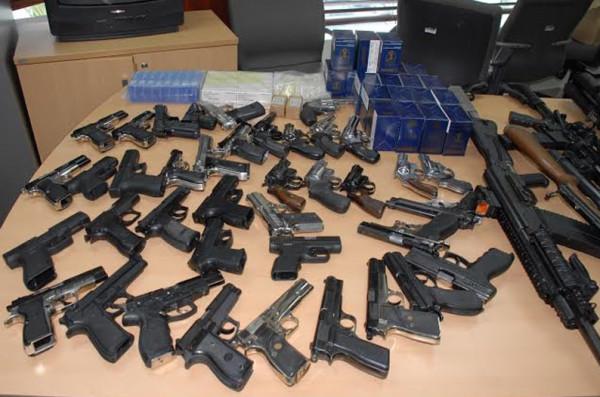 Encontraron una gran cantidad de armamento, municiones, pasta base de cocaína y clorhidrato de cocaína. (Foto ilustrativa)