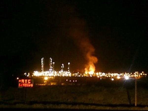 Imagen del supuesto incendio en la Planta Separadora enviada a través de WhatsApp.
