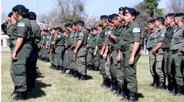 Integrantes de Gendarmería Nacional en el norte de Salta. (Foto: El Tribuno)