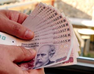 Se prevé una devaluación del peso argentino el 2016.