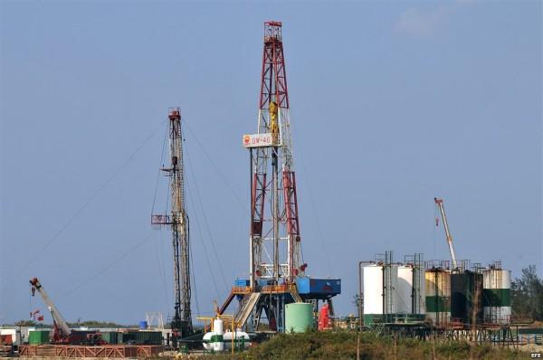 Continúa la caída del precio del petróleo. (Foto internet)