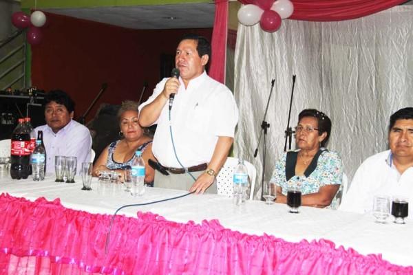 El Alcalde Vallejos en el acto de posesión. (Foto: Agencias)