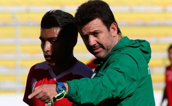 Baldivieso alista un sistema de juego 4-4-2. (Foto: EFE)