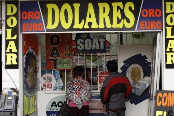 Las casas de cambio tienen 45 días para regularizar su situación. (Foto referencial)