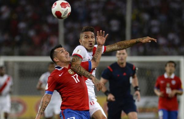 Chile se quedó con el clásico del Pacífico. (Foto: AFP)