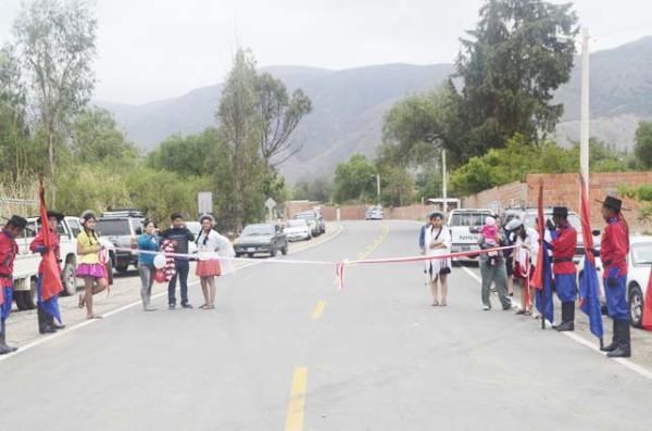 Inauguración del tramo carretero, Tomatitas-Erquis. (Foto: elPeriódico Digital)