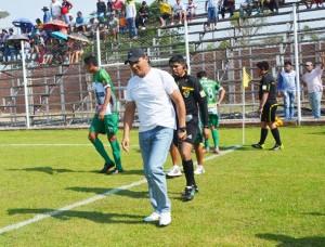 Los aficionados pidieron que Ayala deje el equipo. (Foto: Armando Vaca)