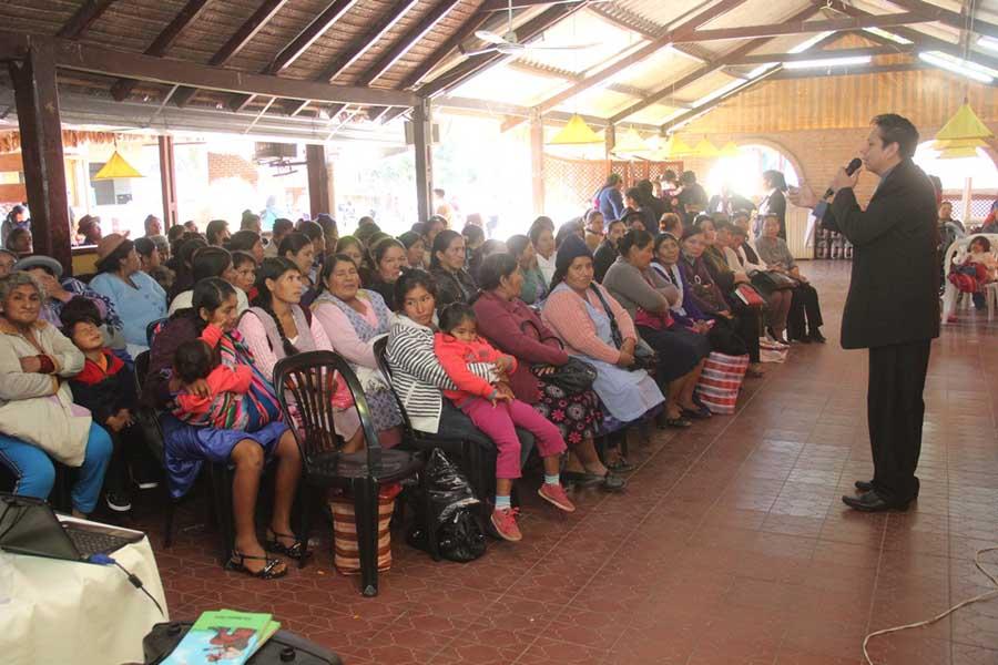 Taller de liderazgo para mujeres. (Foto: Agencias)