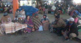 TARIJA: HABILITAN ALBERGUES PARA PASAJEROS PERJUDICADOS POR EL BLOQUEO DEL TRANSPORTE PESADO