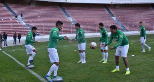 Entrenamiento de la selección boliviana con miras a los encuentros por eliminatorias mundialistas. (Foto: ABI)