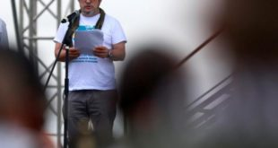 LAS FARC SEGUIRÁN LA LUCHA, PERO COMO UN PARTIDO POLÍTICO