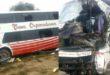 Accidente en la Ruta 9 a 26 km de Camiri deja como saldo una persona fallecida y 19 heridas. (Fotos: Gentileza)